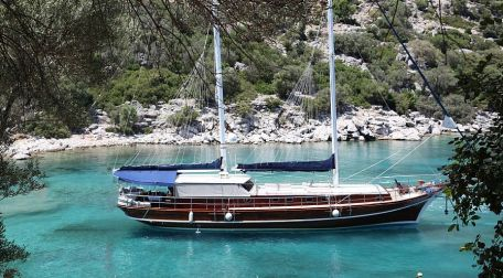 Crewed yacht kekova rout